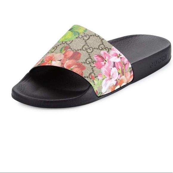 3aea70ec4 Gucci Shoes | Gg Blooms Supreme Slide Sandal | Poshmark